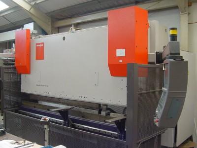 Edwards Pearson Press Brake 8 Axis CNC